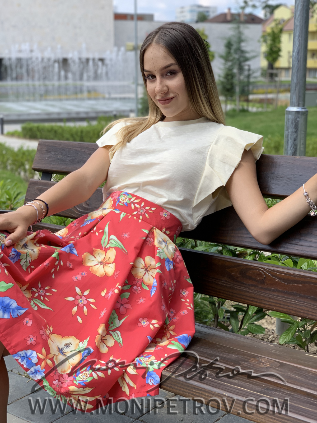 SKIRT SIMI RED FLOWER 1